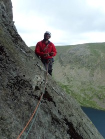 Lee coming into the 'cave' at the end of pitch 3